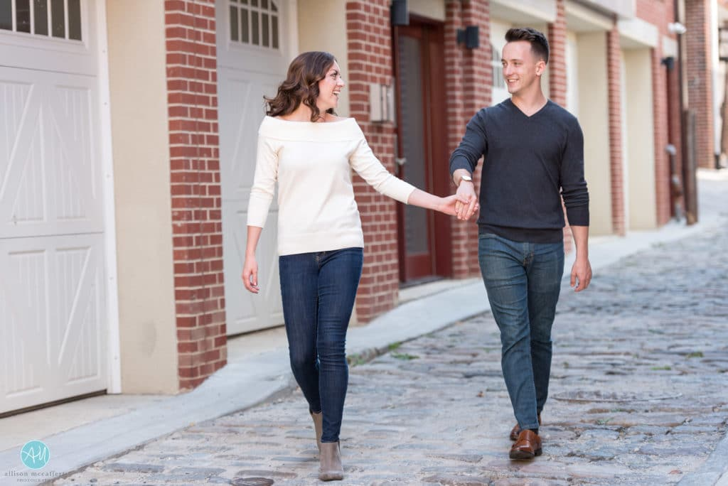 philly engagement pictures
