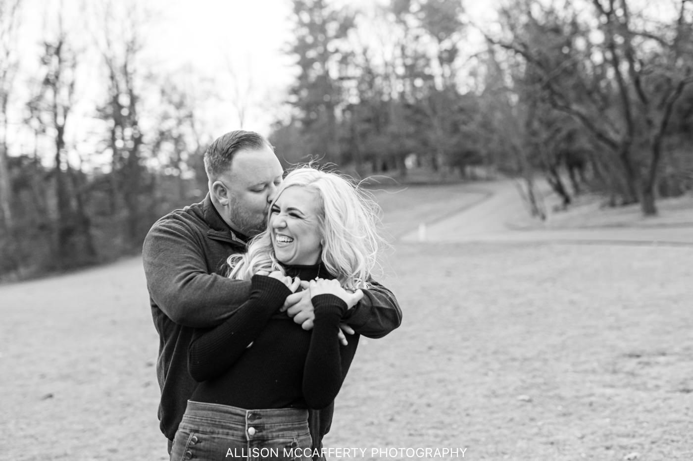 Best Huntington Valley Engagement Photographers