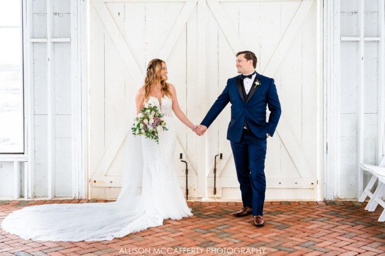 Laura & Zach | Mallard Island Yacht Club Wedding
